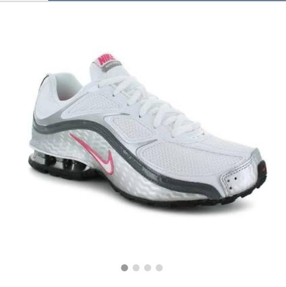 Nike Shoes | Nike Reax Run 5 Tennis